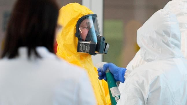 Russia ramps up measures against coronavirus as cases grow