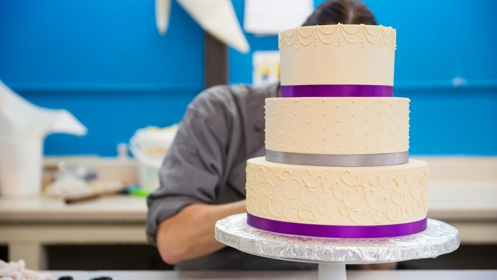 Wedding Cakes Pans.Florida Baker Sues Over Faulty Cake Pans Khgi