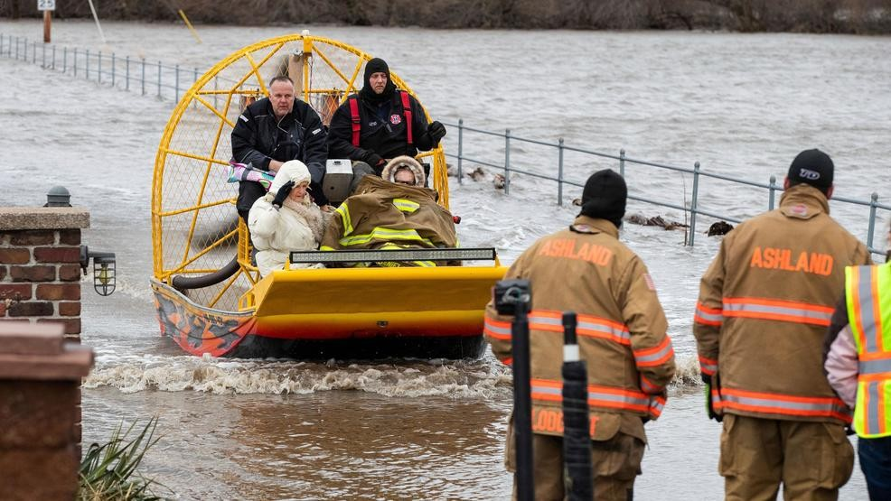 One missing after flood water sweeps vehicle off road | KHGI